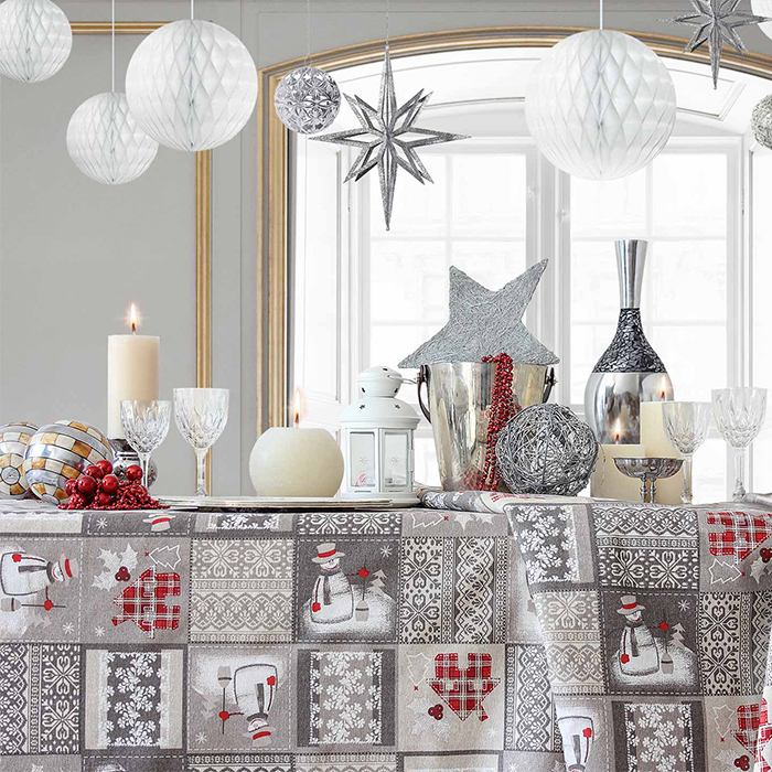 Tela loneta estampada Navidad cuadrados árbol navidad casitas