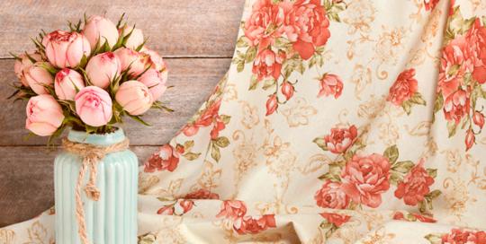 loneta estampada de flores clásicas
